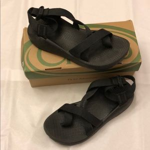 Women's Black Chacos Size 8